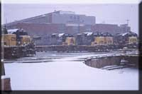 on a cold winter day in 1999, Cumberland is packed, EMD, and GE power waiting for service!